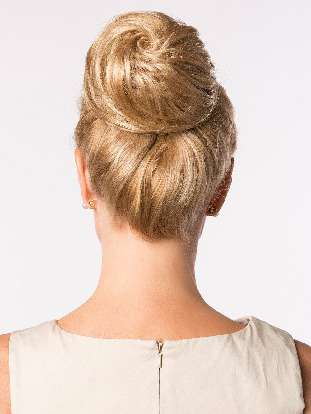 Honey Do Hair Bun By Toni Brattin Wigs Com The Wig
