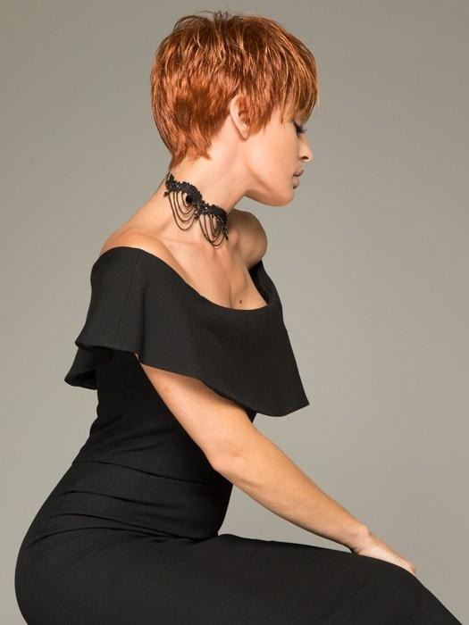 The soft tapered layers create weightless volume and transition throughout the cut seamlessly