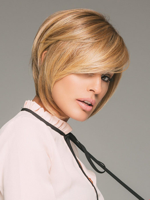 EVE by JON RENAU in 14/26S10 | Light Gold Blonde and Medium Red-Gold Blonde Blend, Shaded with Light Brown