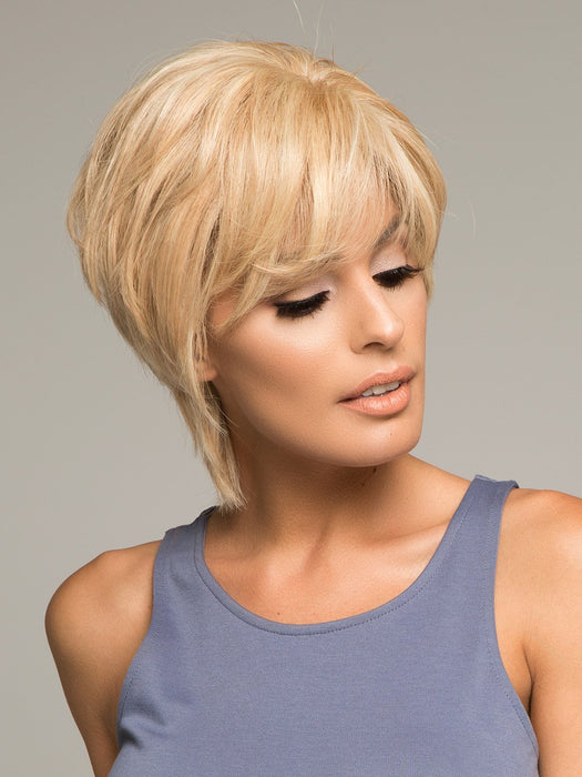 SAPPHIRE by LOUIS FERRE in 140/22 GOLD BLONDE | Light Blonde Blended with Light Red and Blonde Highlight Tones
