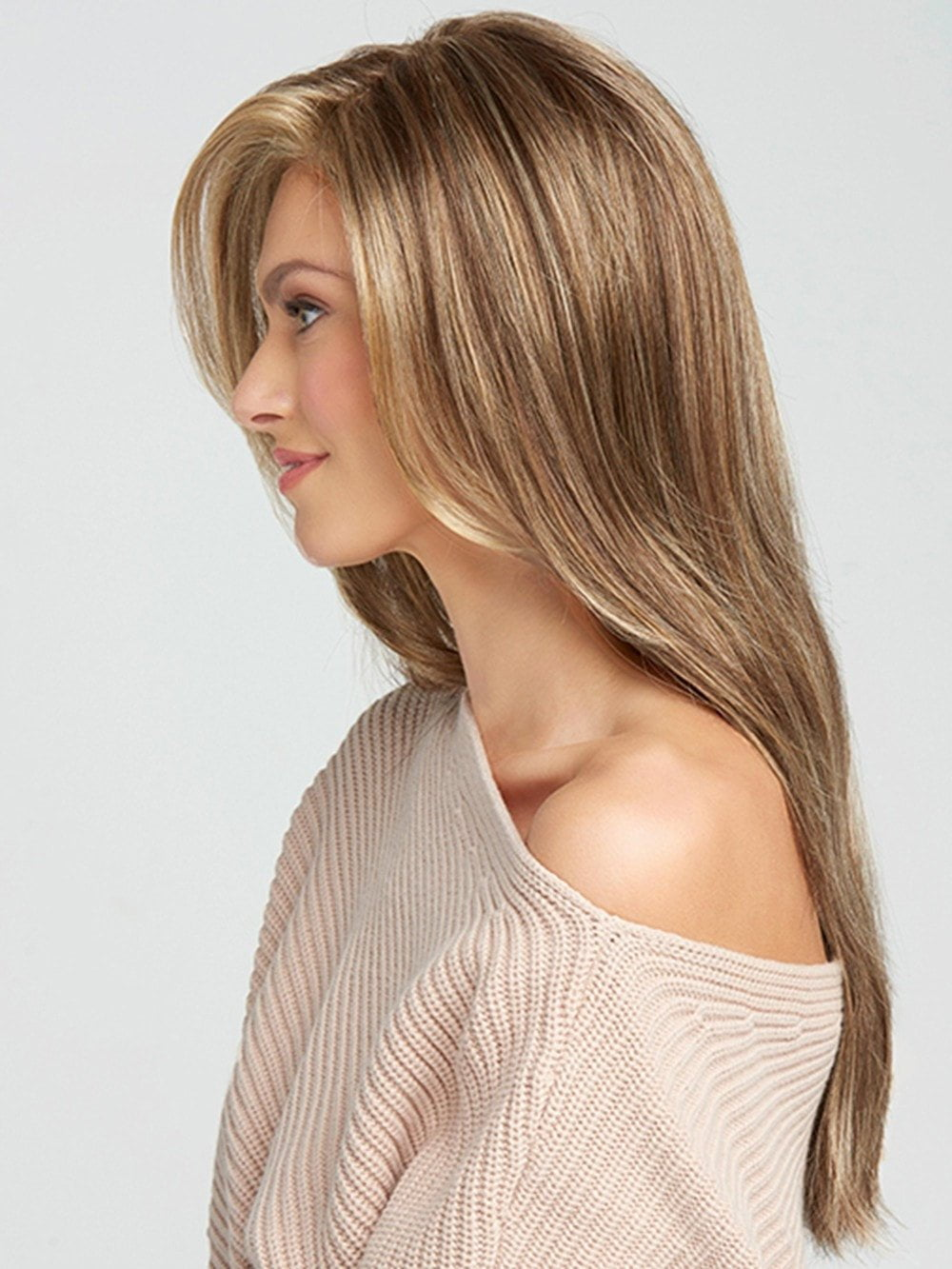 Beautiful long layers that fall to mid-back to create this full, flowing silhouette