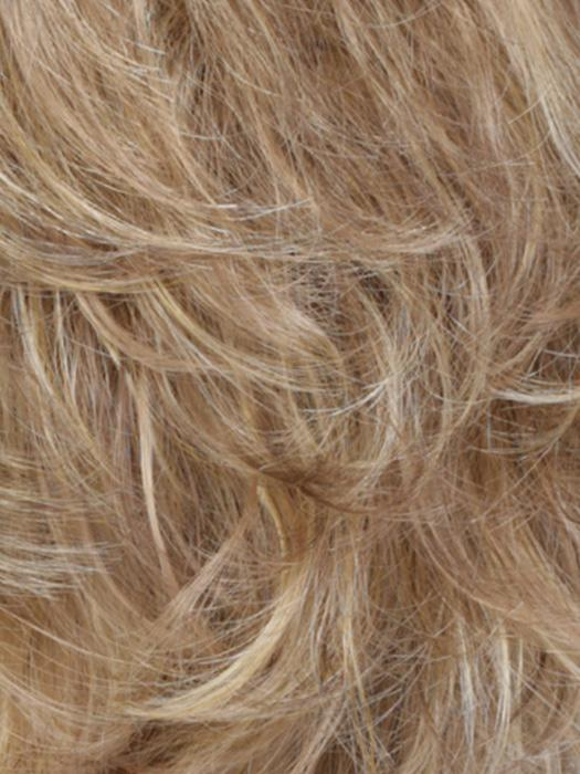 R10/24/80 | Medium Ash Brown w/ Pale Golden Blonde and Palest Blonde Highlights