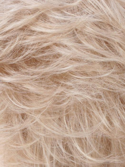 R16/22 |  Honey Blonde/Light Ash Blonde Blend