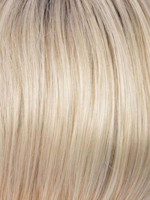 RH26/613RT8 | Golden Blonde with Pale Blonde Highlights and Golden Brown Roots