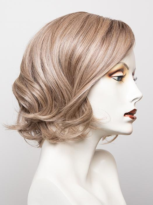RL17/23SS ICED LATTE MACCHIATO | Honey Blonde shaded with Cool Blonde with Dark Roots