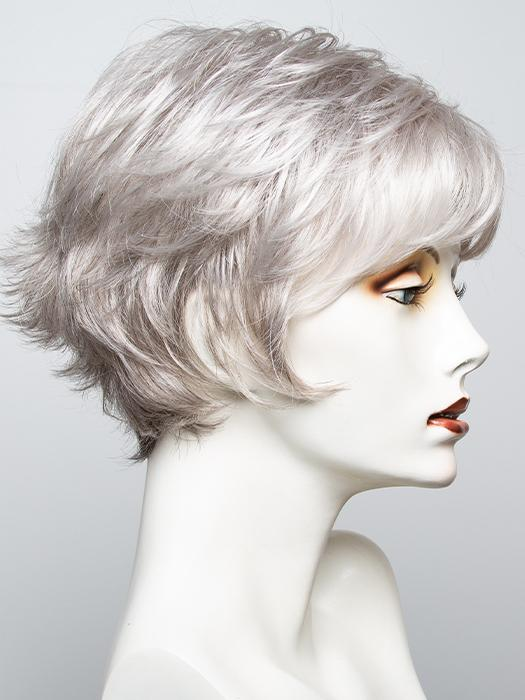 RL51/61 ICED GRANITA | Lightest Grey Progresses to a Deep Grey at the Nape