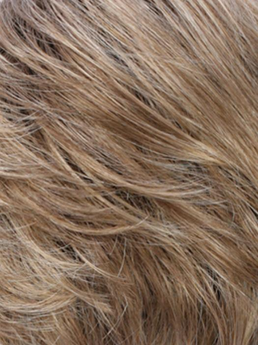 RH1488M | Golden Brown w/Dark Blonde and Light Blonde Highlights Throughout