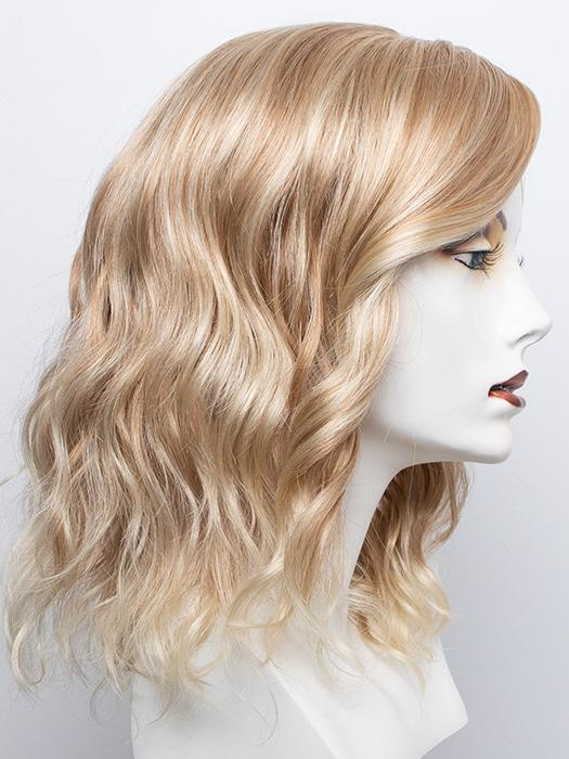 RTH613/27 | Pale Blonde with Warm Strawberry Blonde Lowlights