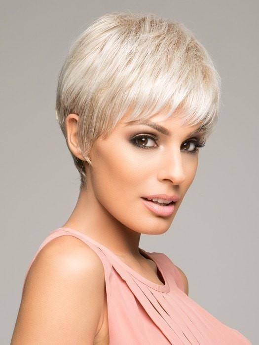 WINNER LARGE WIG by Raquel Welch in R23S+ GLAZED VANILLA | Cool Platinum Blonde with Almost White Highlights