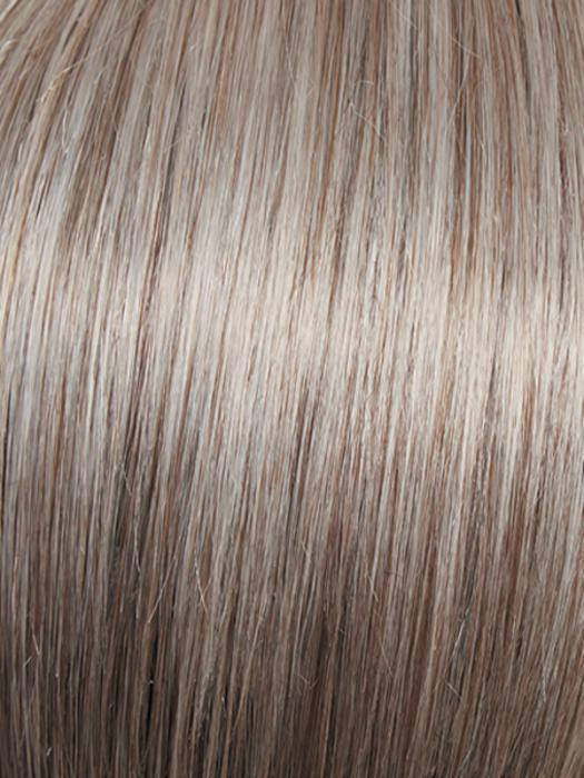 R119G SIVER & SMOKE | Light brown with 80% grey in front graduately blended into 50% grey in nape area