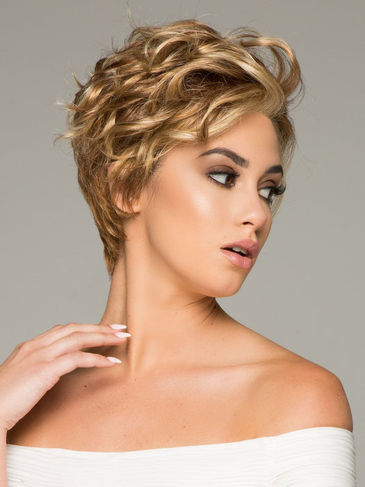 THE NEW ROMANTIC by RAQUEL WELCH in R29S+ GLAZED STRAWBERRY | Light Red with Strawberry Blonde Highlights