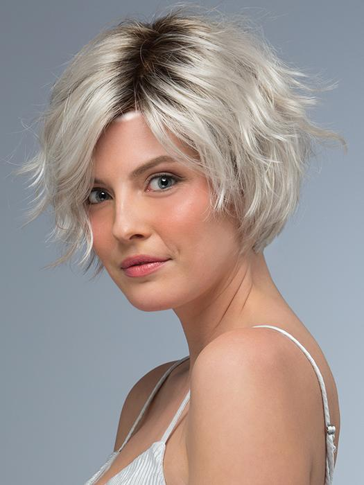PRESTON by Estetica in SILVERSUN/RT8 | Iced Blonde with Soft Sand & Golden Brown Roots