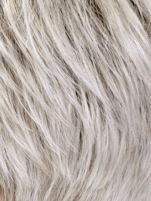 SILVERSUNRT8 | Iced Blonde dusted with Soft Sand & Golden Brown Roots
