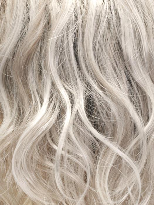 SILVERSUN/RT8 | Iced Blonde Dusted with Soft Sand and Golden Brown Roots
