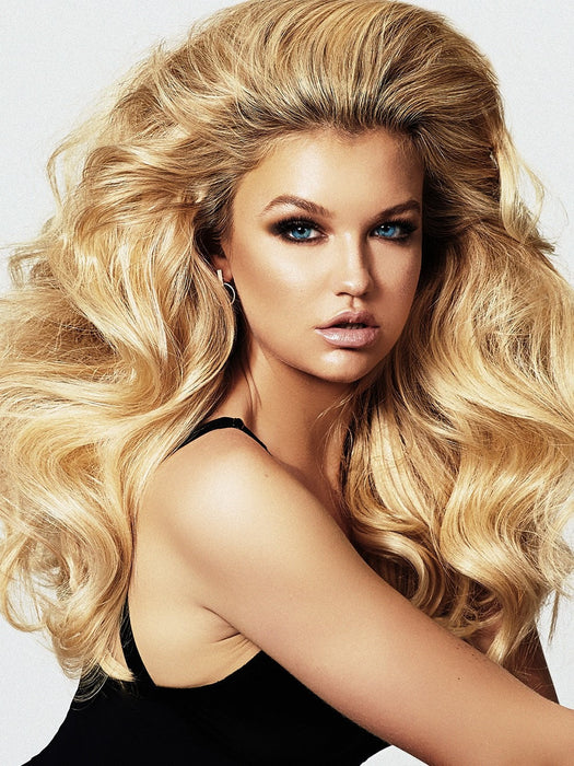 A do-it-yourself solution to achieve sexy bombshell hair at home