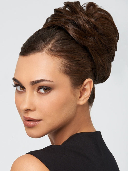 STYLE-A-DO by hairdo in R10 CHESTNUT | Rich Medium Brown with subtle Golden Brown Highlights Throughout