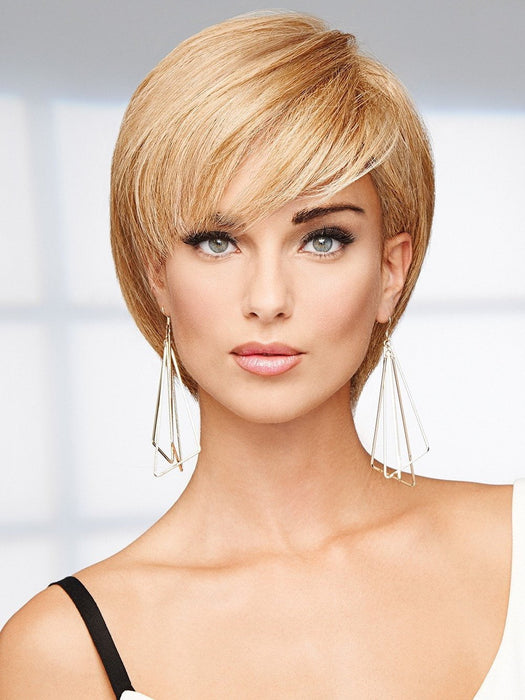 The 100% human hair can be tucked behind the ears and styled like a pixie or a short bob with face framing layers.