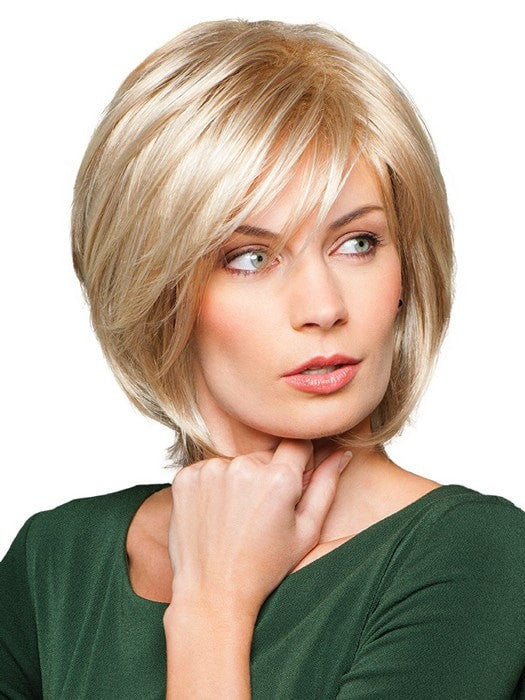 Soft bang is wispy and frames the face | Color: GL14-22