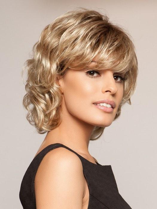 BREEZE by Raquel Welch in SS14/88 GOLDEN WHEAT | Dark Blonde Evenly Blended with Pale Blonde Highlights and Dark Roots