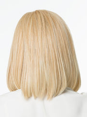 Classic, straight, shoulder length page with razor-tapered ends