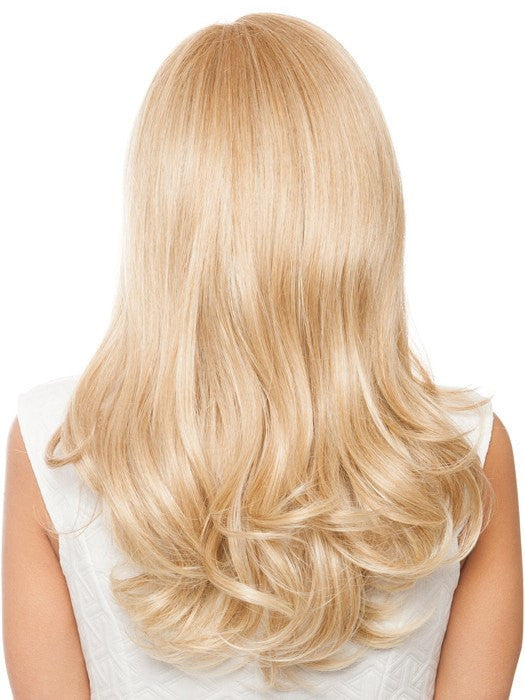 Long layers with loosely curled ends | Color: HT14/88H