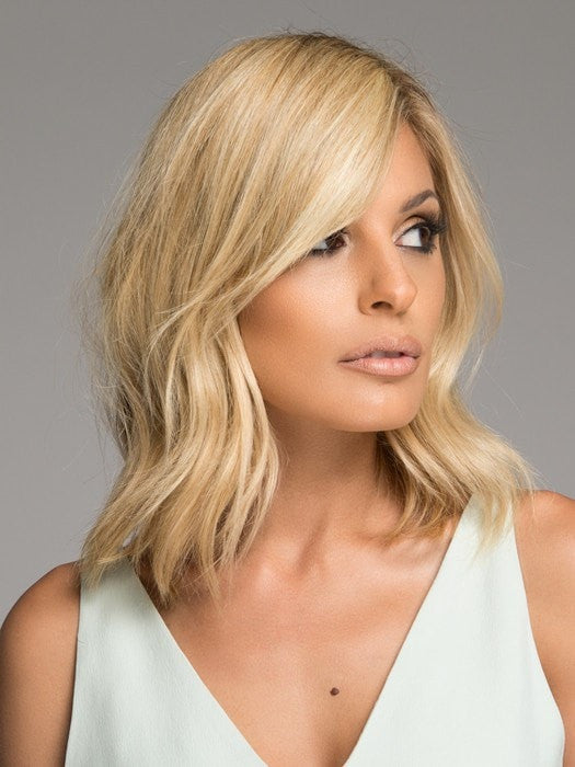 Enhance your side bang or create one in seconds! | Color: HT14/88H