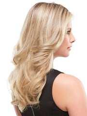 12FS8 SHADED PRALINE | Light Gold Blonde and Pale Natural Blonde Blend, Shaded with Dark Brown