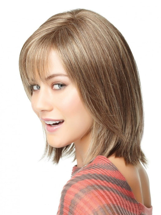 This fashionable cut includes a hand-knotted monofilament part for a natural looking scalp and a sheer lace front for life-like, off-the-face styling.