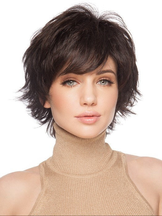 Wispy ends with Volume on top | Color: GL2/6