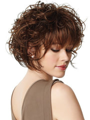 Tousled bob that mixes curls and straight pieces througout | Color: GL6/30