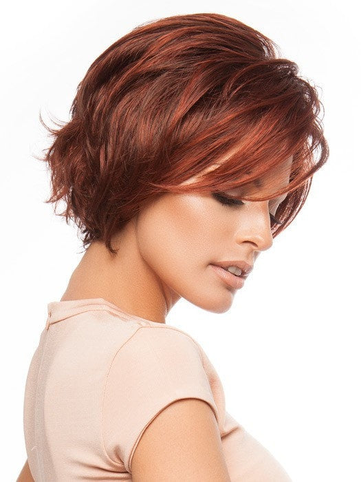 Layers and wispy ends can be styled back or forward | Color: GL33-130
