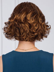 Layered waves and natural body for a flattering shape| Color: GL8/29
