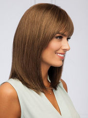 Slightly angled bang with light layering along the neckline | Color GL10-12