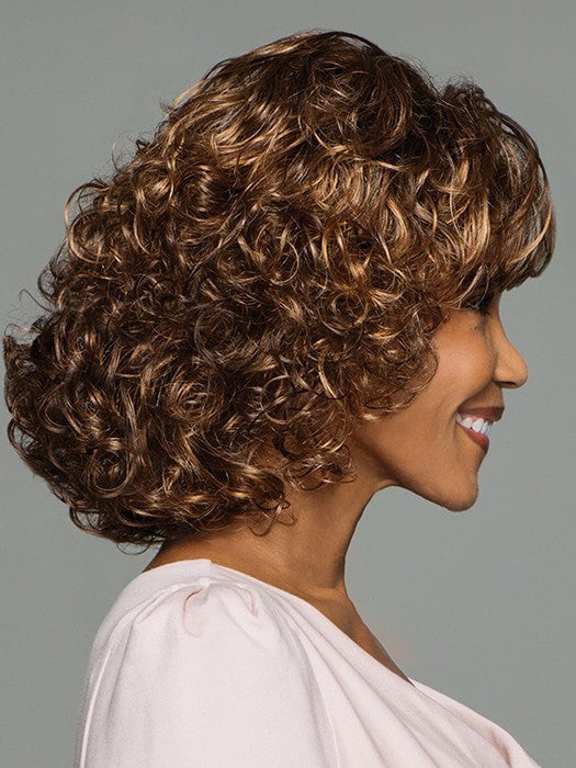 Side swept bangs that blend with layered curls | Color: GL8/29