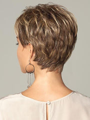Layered throughout with a neck hugging nape | Color: Brown Blonde