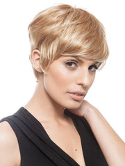 Feel confident with the layers and coverage around the face | Color: GL15/26