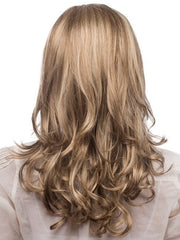 Long rounded perimeter with curls all-over | Color: R12/26CH