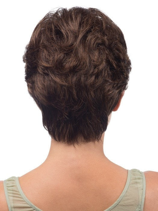 Tapered neckline and layers create a natural look |Color: R6/27H