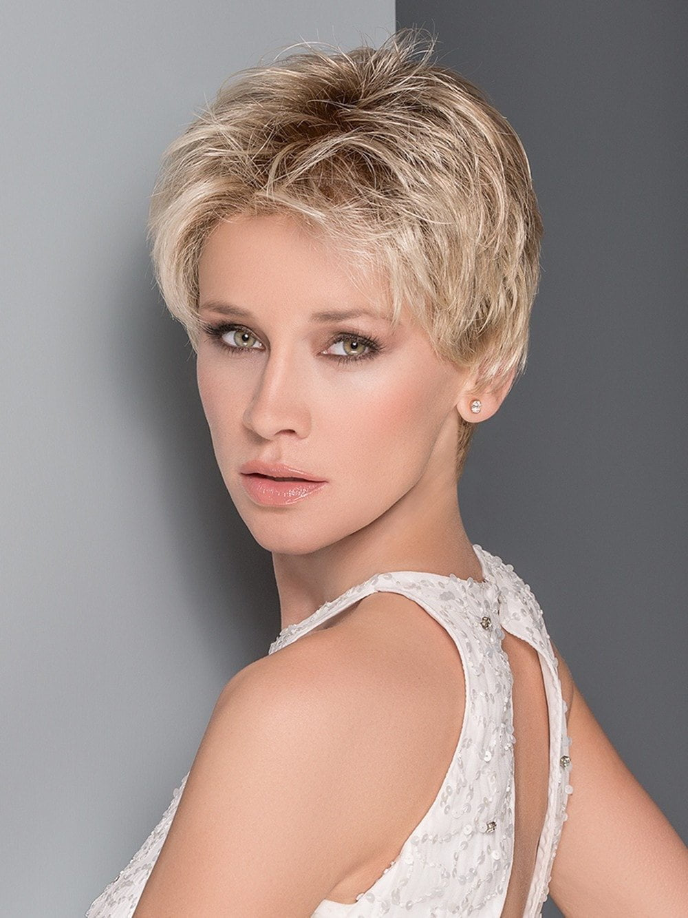 Ellen Wille Aura has an impeccable ear to ear extended lace front that offers styling versatility and a seamless, natural appearance.
