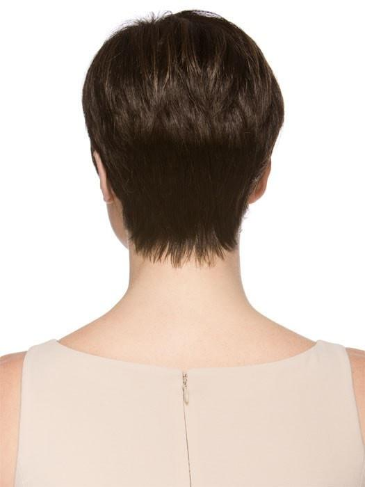 Soft, tapered neckline