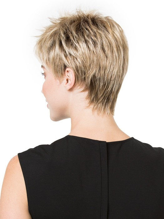 Tapered neckline | Color: Sandy Blonde Rooted