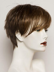 MOCCA LIGHTED | Light Brown base with Light Caramel highlights on the top only, darker at the nape