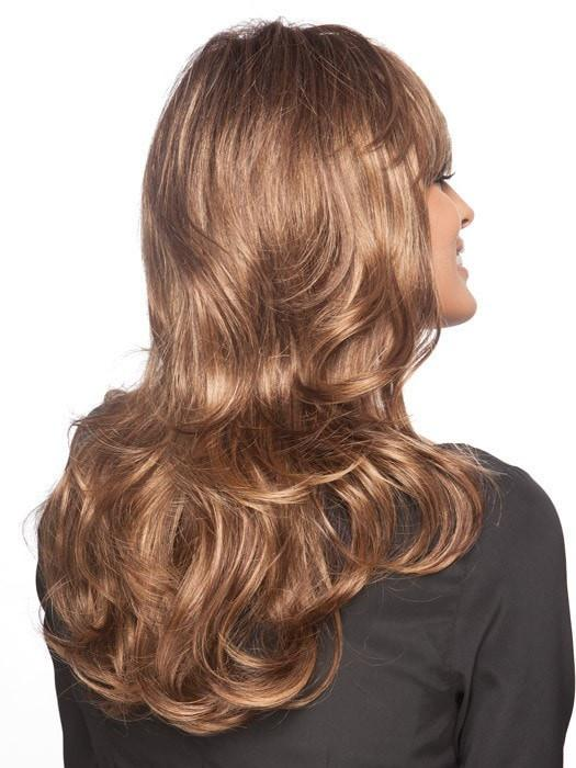 Smoothness at the root transitions to loose curls at the ends