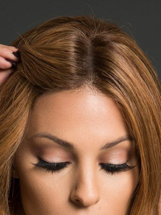 The hand-tied monofilament top and lace front create the most natural look