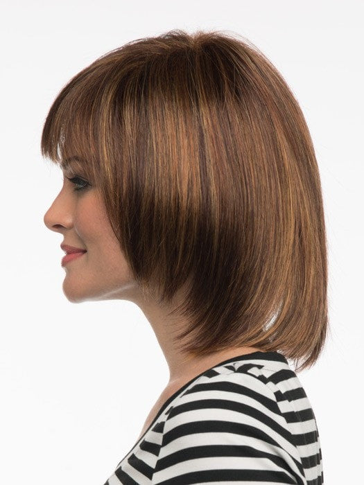Shorter front gradually gets longer toward the nape | Color: Cinnamon Raisin