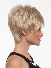 Asymmetric and feathered | Color: Light Blonde