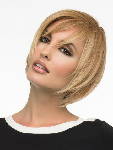 SHYLA by Envy in TOASTED SESAME | Medium Brown roots with overall Warm Cinnamon base and Golden Blonde hightlights