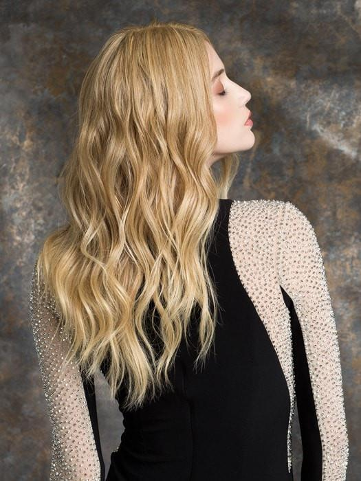 The monofilament top provides the look of your own hair growth, creates natural volume