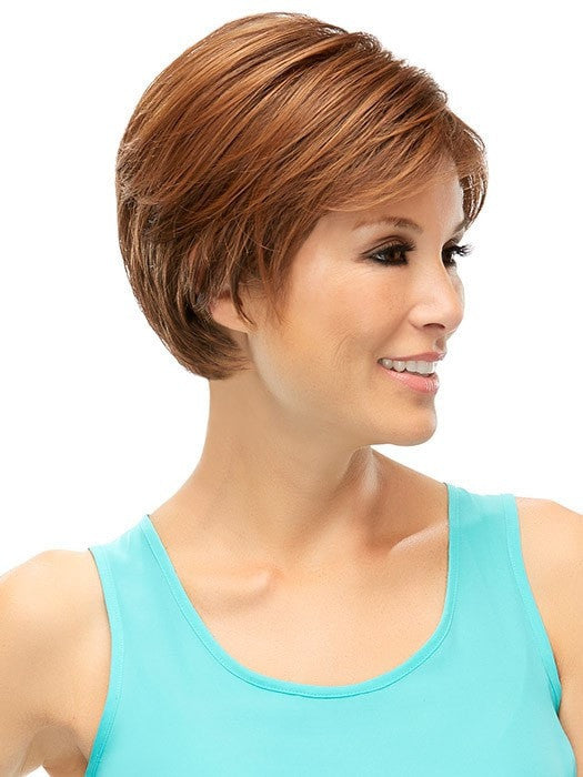 Great length for a feminine pixie cut | Color: 4/27/30