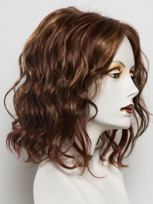 32F | Medium Red and Medium Red-Gold Blonde Blend with Medium Red Nape